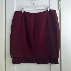 Valentino Skirt in Maroon   Size XL